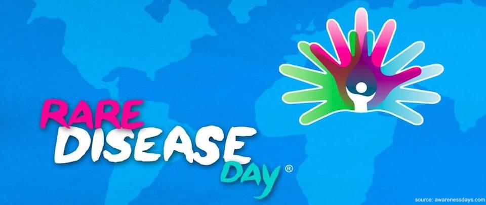 Maailman kartta, jossa Rare disease day -logo ja teksti.